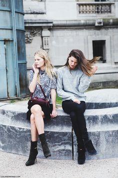 Printed shirt // black skirt // burgundy bag #streetstyle #printed #shirt #fashion