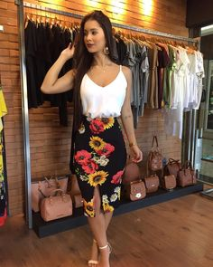 Morrendo de amores por essa estampa da 45 Best and Stylish Business Casual Work Outfit for Women fashion # Love it fashion outfits cute clothings best stylish business outfits 2019 fashion Girl Fashion, Fashion Looks, Fashion Outfits, Womens Fashion, Summer Outfits, Casual Outfits, Cute Outfits, Pinterest Fashion, Look Chic