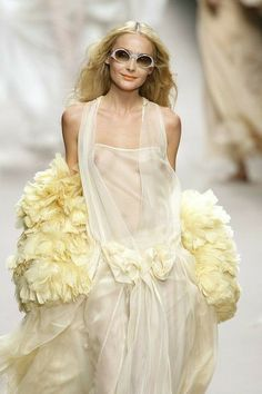 Mellow Yellow, Black N Yellow, Yellow Fashion, Shades Of Yellow, Sonia Rykiel, Beautiful Babies, Color Combos, Paris Fashion, Knitwear
