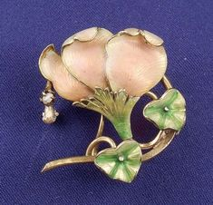 Art Nouveau 14kt Gold and Enamel Flower Pin
