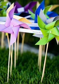 hot air balloons and pinwheels for baby sprinkle?