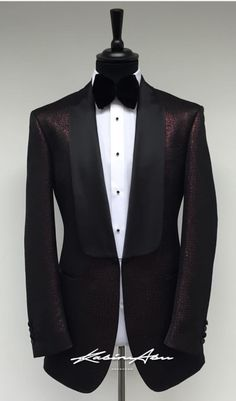 Wedding Suit Styles, Wedding Suits, Tuxedo Wedding, Mens Tux, Mens Suits, Gq Style, Men Style Tips, Mens Fashion Suits, Fashion Outfits
