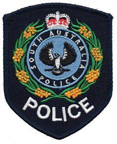 Australia - South Australia - Police (black)(full badge)