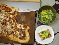 Pin for Later: 10 Family-Friendly Rotisserie Chicken Meals Buffalo Chicken Pizza With Shaved Celery Salad Dominos has nothing on this! A homemade Buffalo Chicken Pizza is lightened up when it's topped with shaved celery salad. Buffalo Chicken Pizza, Buffalo Food, Celery Salad, Pizza Ingredients, Popsugar Food, How To Cook Chicken, Chicken Meals, Bbq Chicken, Rotisserie Chicken
