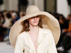 The best hats, hair accessories and head gear from the autumn/winter 2018 catwalks so far. Fall Winter, Autumn, Headgear, Panama Hat, Catwalk, Fashion News, Vogue, My Style, Aw 2018