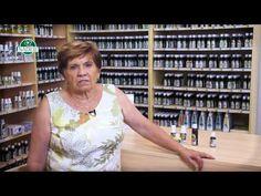 Bylinkářka Jarmila Podhorná představuje grepový olej a tinkturu