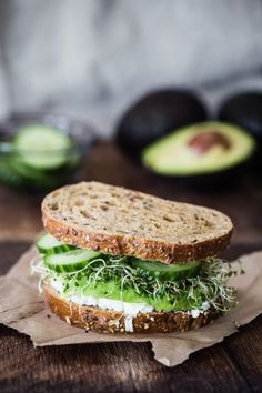 Avocado, cucumber, goat cheese sandwich eat good 4 life бутерброды с козьим Gourmet Sandwiches, Goat Cheese Sandwiches, Gourmet Burger, Cheese Sandwich Recipes, Goat Cheese Recipes, Sandwich Ideas, Sandwiches For Lunch, Wrap Sandwiches, Vegetarian Recipes