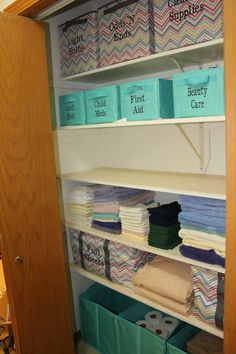 Love this closet organized with Thirty-One products....Come shop the new thirty-one summer catalog..this month special is for every $31 you spend you get any thermal for 1/2 off. Don't miss out on this great special. Ordering starts today till Friday May 31st, Link to online Catalog: http://www.mythirtyone.com/robynlipe