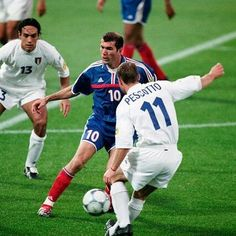 Football Is Life, World Football, Football Soccer, Messi, Legends Football, Soccer Stars, Zinedine Zidane, Ronaldo, Real Madrid
