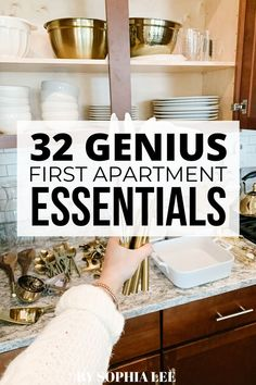 this list of first apartment essentials was so helpful!! I had no idea what to buy and pack before moving and this saved me Couples First Apartment, First Apartment Checklist, First Apartment Essentials, My First Apartment, First Apartment Decorating, Apartment Bedroom Decor, Apartment Ideas, Small Apartment Organization, Apartment Cleaning