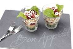 ▷ 10 variations around the Spanish gaspacho recipe , Diner Recipes, Tea Recipes, Vegan Recipes Easy, Gaspacho Recipe, Carpaccio Recipe, High Tea Food, Delicious Desserts, Yummy Food, Dessert Blog