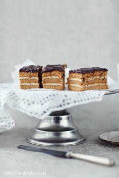 Ciasto miodowe z masą z kaszy manny. Przepis najlepszy na Stefankę