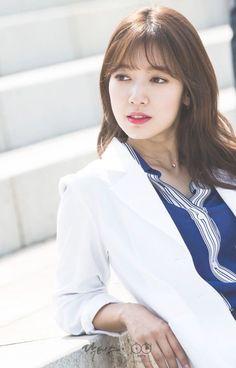 doctors park shin hye yani Eylul Erdem in koredeki hali Park Shin Hye, Korean Actresses, Korean Actors, Actors & Actresses, Korean Dramas, Korean Beauty, Asian Beauty, Baekhyun, Doctors Korean Drama
