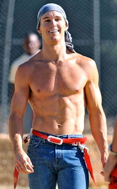 Ryan Kwanten of True Blood. And a VERY sexy Australian man Ryan Kwanten, Celebrity Bodies, Celebrity Crush, Celebrity Guys, Serie True Blood, Gorgeous Men, Beautiful People, Gorgeous Body, Showgirls