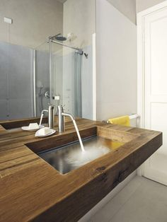 Holz Waschtisch Glas Waschbecken Bad Illusionen Wasserhahn