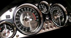 Nice looking gauge cluster
