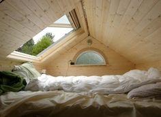 bett unterm dach