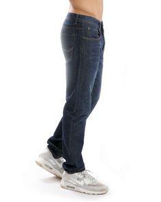 Jeans básicos.