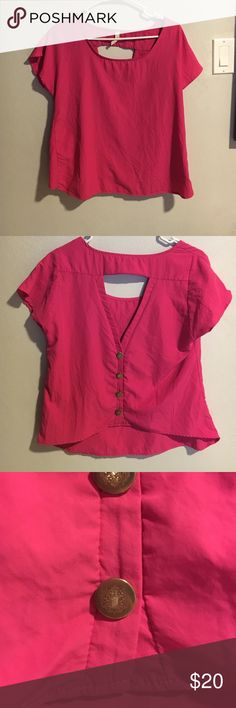 Open back pink blouse with gold buttons Open back pink blouse with gold buttons. Super light weight, kind of boxy and super soft. Can fit a small and a medium. Tops Blouses