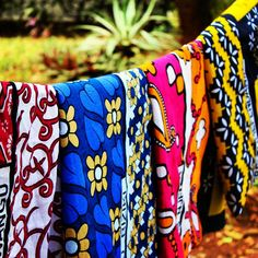 Inspiration  This old picture says it all. We care about our fabrics. And we love the colours. We think kanga is something special and to combine it with canvas to create beautiful bags is something we do with passion.  This picture shows how we wash apl the purchased kangas before we use them to design or go to the workshop.  Most of the kangas in the picture were turned into gorgeous items from our collection.  Have q great Canvas & Kangas Day.  CanvasandKangas.com  #design #kanga #canvas…
