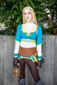 Princess Zelda - Breath of the Wild by ElunaRae on DeviantArt Cosplay Anime, Epic Cosplay, Cosplay Outfits, Cosplay Girls, Cosplay Costumes, Cosplay Ideas, Awesome Cosplay, Legend Of Zelda Costume, Legend Of Zelda Characters