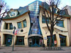 """Turista di mestiere: Krzywy Domek, la """"Casa Ubriaca"""" di Sopot."""