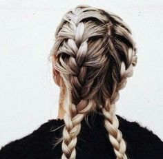 Find images and videos about hair, beauty and grunge on We Heart It - the app to get lost in what you love. Messy Hairstyles, Pretty Hairstyles, French Hairstyles, Hairstyles Pictures, Perfect Hairstyle, Blonde Hairstyles, Wedding Hairstyles, Good Hair Day, Hair Dos