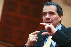 """Huy Carajo: Segura: """"El alza de la tasa de interés del BCR jue..."""