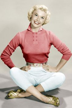 Doris Day, 1945 We just love Doris' preppy chic style and her gold wedges.