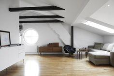 Livingroom | Charlottenburgsvägen 34, vindsetage, Solna / Råsunda, Solna | Fantastic Frank