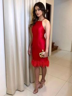 Liza Soberano in Martin Bautista frock accented with gold strappy heels and Alexander McQueen clutch