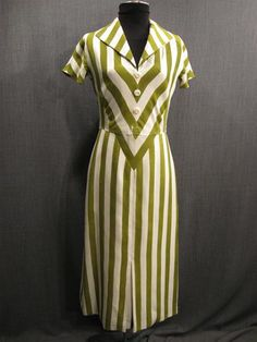 Costumes/20th Century/1930's/Women's Wear/1930's Women's Dresses/09036290 Dress Womens 1930s green white stripe silk B34 W28 H34