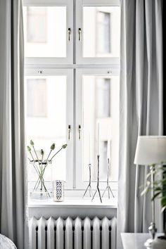 Coll Home Decoration Ideas Nordic Living Room, Living Room Decor, Loft, Bay Window Decor, Style Salon, Living Room Styles, Rustic Room, Scandinavian Interior, Dining Room Design