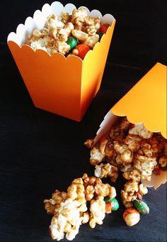 Pumpkin Spice Popcorn - Hello Nature
