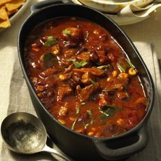 Fiery Oven Chili Pot Recipe DELICIOUS- Our popular recipe for fiery chilli pot from the oven and more than other free recipes on LECKER. Easy Soup Recipes, Oven Recipes, Pork Recipes, Crockpot Recipes, Chicken Recipes, Dinner Recipes, Cooking Recipes, Drink Recipes, Cocotte Staub