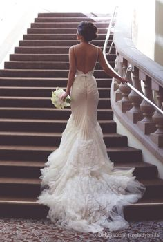 Gothic Backless Wedding Dresses 2017 White Lace Mermaid Spaghetti Straps Long Bridal Gowns Tulle Sexy Open Back Dress For Bridal