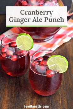 Cranberry Ginger Ale Punch is a beautiful holiday punch that comes together in no time. And you can keep it kid-friendly or serve it with alcohol for a grown-up Christmas drink! Ginger Ale Punch, Ginger Ale Drinks, Ginger Ale Cocktail, Cranberry Ginger Ale, Cranberry Vodka, Bourbon Drinks, Christmas Punch, Christmas Drinks, Holiday Drinks