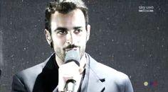 X Factor 8, Marco Mengoni sul palco è il #guerriero: le immagini