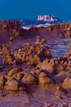 Goblins Valley, Utah  (by Gleb Tarro)
