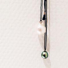 For the love of pearls... ⚪️⚫️❤ #gold #guld #silver #sølv #diamond #diamant #smykker #jewelry #jewellery #guldsmed #jeweller #goldsmith #handcrafted #handmade #danishdesign #guldsmedlouisedegn