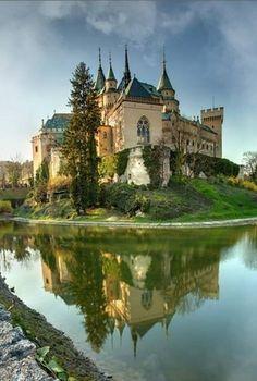 #Slovakia Have you already downloaded #Wekho the app? www.wekho.com