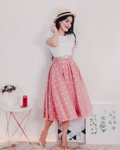 Teen Fashion Outfits, Modest Fashion, Fashion Dresses, Modest Outfits, Cool Outfits, Cute Dresses, Beautiful Dresses, Casual Frocks, Split Prom Dresses