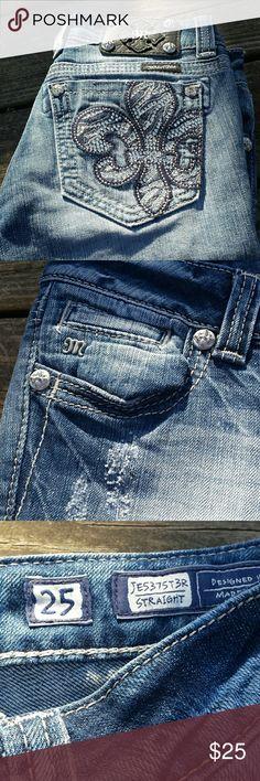 "Miss Me Fleur de Lis Straight Leg Jeans! Fleur de Lis design on the back pocket. Straight leg design, inseam 31"". EUC. Small x on the inside waist. Miss Me Jeans Straight Leg"