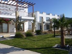 Peninsula Luxury Villas, Yalikavak -  These villas a situated on a lovely development between Yalikavak and Gumusluk. All the villas have Stunning sea views over the Aegean Coast. On the development there are 30 villas and 38 apartments. Price: £120,000