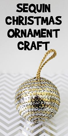 Christmas Crafts For Adults, Christmas Ornament Crafts, Xmas Crafts, Christmas Projects, Handmade Christmas, Christmas Balls, Christmas Ideas, Sequin Crafts, Glitter Crafts
