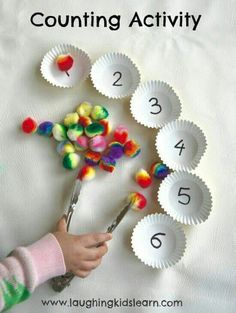 Here is a simple counting activity for children, especially preschoolers. Simple to set up it can suit individual needs and develops fine motor skills. activities for preschoolers Simple counting activity for children - Laughing Kids Learn Motor Skills Activities, Toddler Learning Activities, Preschool Math Activities, Counting Activities For Preschoolers, Fine Motor Activities For Kids, Learning Numbers Preschool, Kindergarten Counting, Preschool Fine Motor Skills, Educational Activities For Preschoolers