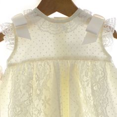 Cuerpo Faldón Cristiano, Lace, Tops, Women, Fashion, Christening Outfit, Dresses For Christening, Suits, Moda
