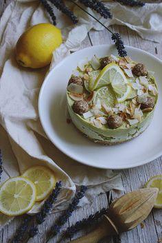 Torta od avokada i limete, raw food