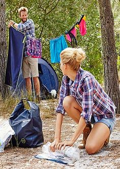 Planujesz w te wakacje wybrać się na kemping. Zobacz szeroki wybór sprzętów od Tchibo,które umilą Ci ten wakacyjny czas! Zobacz więcej na https://www.tchibo.pl/odkryj-nature-sprzet-kempingowy-t400060371.html #tchibo #tchibopolska #lato #wakacje #holidays