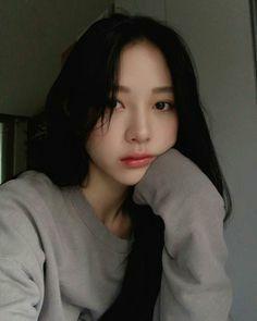 Makeup asian grunge New Ideas Pretty Korean Girls, Cute Korean Girl, Beautiful Asian Girls, Ulzzang Girl Selca, Ulzzang Korean Girl, Ullzang Girls, Cute Girls, Korean Beauty, Asian Beauty